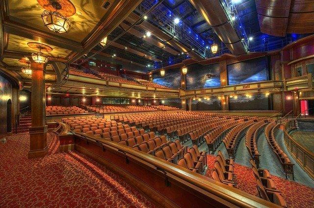 auditorium-86197_640.jpg